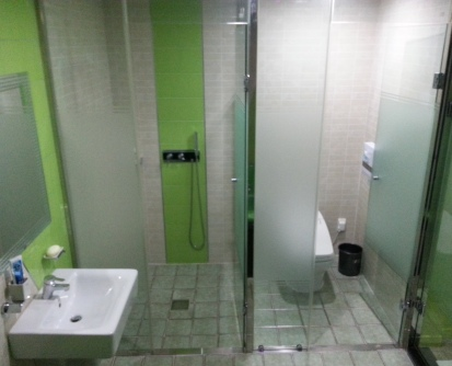 G&G Motel Busan - Toilet and Shower